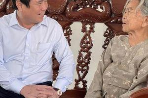 Chủ tịch UBND TP HCM thăm, chúc Tết nhiều đơn vị, cá nhân
