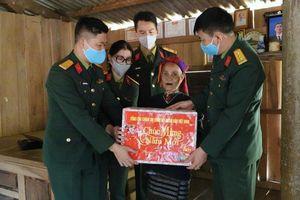Mang tết đến sớm với người dân vùng khó khăn tỉnh Quảng Trị