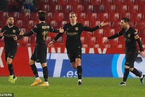 Song tấu Messi - Griezmann giúp Barca ngược dòng 'điên rồ'