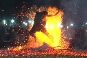 'Bà hỏa' trong tháng 'củ mật'!