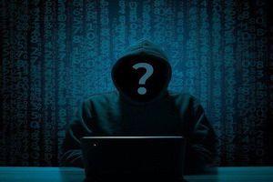 Đeo đai trinh tiết thông minh, anh chàng không ngờ bị hacker tống tiền