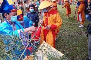 Tái hiện Hoàng cung thời Nguyễn làm lễ dựng nêu đón Tết