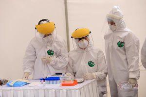 Nhật kí 24 Tết: Hà Nội tăng ca Covid-19, làm sao đón Tết an toàn trong đại dịch
