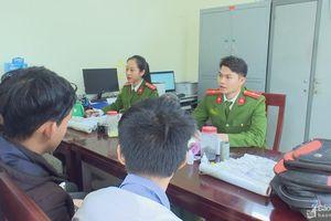 Nhóm học sinh cấp 2 tự chế pháo nổ mang bán dịp Tết