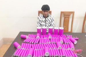 Hà Tĩnh: Chở cả bì pháo nổ mang đi bán thì bị bắt