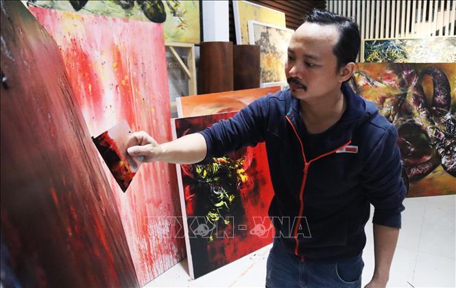 Người họa sĩ thổi hồn vào tranh vẽ trâu