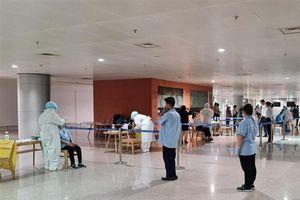 Ca nghi mắc COVID-19 ở sân bay Tân Sơn Nhất có nhiễm biến chủng mới nCoV?