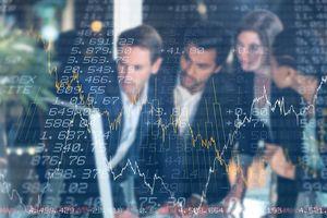 Giao dịch chứng khoán khối ngoại tuần 1-5/2: Mua ròng tới hơn 2.000 tỷ đồng, tâm điểm là cổ phiếu lớn