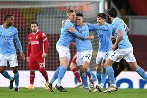 Đè bẹp Liverpool, Man City bỏ xa M.U 5 điểm