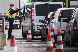 Áo siết chặt kiểm soát biên giới với các nước láng giềng