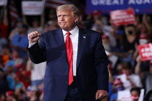 Luật sư phe Trump đề nghị gì mà khiến Thượng viện Mỹ đột ngột tuyên bố lùi phiên tòa luận tội?