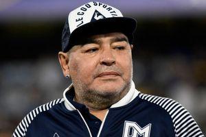 Ba người bị buộc tội trong cái chết của Diego Maradona