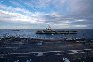Hai nhóm tác chiến tàu sân bay Mỹ hội quân, tập trận chung ở Biển Đông