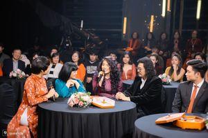 Nhiều chuyện xúc động trong 'Đón giao thừa Tết Tân Sửu-Mùa đoàn tụ 2021'