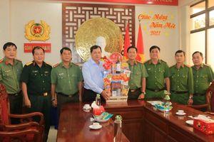 An Giang: Huyện ủy, UBND huyện Chợ Mới và huyện Phú Tân chúc Tết Công an tỉnh