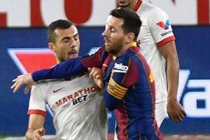 Messi chơi xấu trong trận thua của Barca
