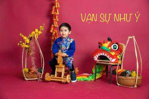 Ngắm các 'nhóc tì' nhà sao Việt xúng xính áo dài đón Tết cực xinh