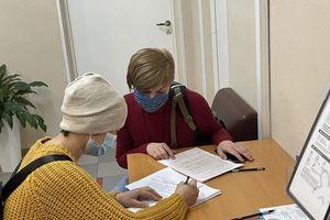 Người Việt tại Nga hưởng ứng tiêm chủng vaccine ngừa Covid-19