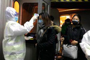 Nỗi lòng lao động di cư ở Trung Quốc không thể về quê ăn Tết vì dịch bệnh