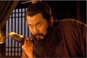 Cùng lúc lợi dụng cả Lã Bố và Lưu Bị để đạt mục đích, Tào Tháo rốt cục nham hiểm tới mức nào?