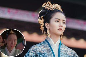 Kim So Hyun nhăm nhe soán ngôi hậu hot nhất của Shin Hye Sun
