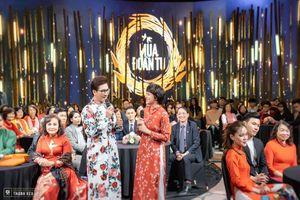 Mùa đoàn tụ 2021: Chuyện gia đình NSND Lê Khanh, ca sĩ Cẩm Vân bị chia cắt vì COVID-19