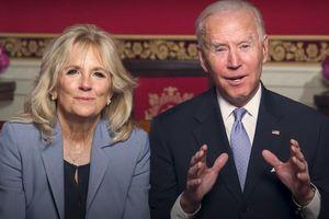 Tổng thống Mỹ và phu nhân chúc mừng năm mới Tân Sửu