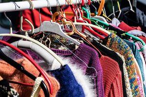 Loạt sai lầm khi mua quần áo đã qua sử dụng