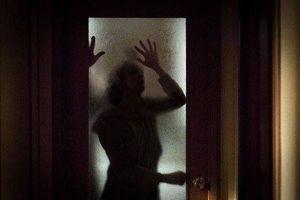 Lý do đáng sợ khiến nữ du khách phải tìm mọi cách trả lại đồ cổ