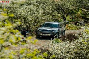 Cùng Land Rover Defender khám phá 'thiên đường mận' Nà Bó