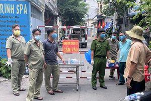 Thêm 2 ca nghi nhiễm, thành phố Hồ Chí Minh khẩn trương tầm soát Covid-19 diện rộng