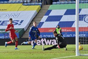 Vòng 24 Premier League: Leicester thắng đậm Liverpool 3-1