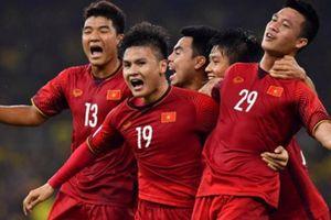 Chuyên gia nói lời cay đắng về bóng đá Việt Nam
