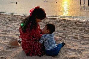 Bạn trai đại gia ngầm thừa nhận có con với Hòa Minzy