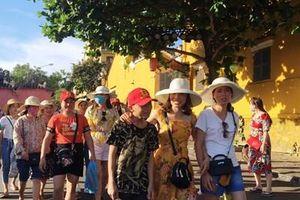 Du lịch Việt Nam 2021 tìm thời cơ trong thách thức