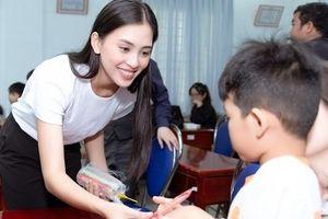 Hoa hậu Tiểu Vy: Nàng hậu lăn xả trong các hoạt động xã hội