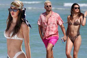 Cô gái 19 tuổi Amelia Hamlin gợi cảm đầy sức sống với bikini ở biển