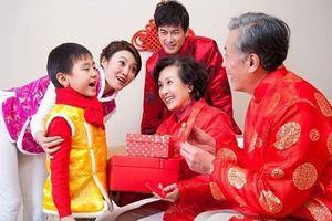 Loạt sự cố dở khóc dở cười của các cặp vợ chồng trong ngày Tết, đọc xong ai nấy đều đỏ mặt, phì cười