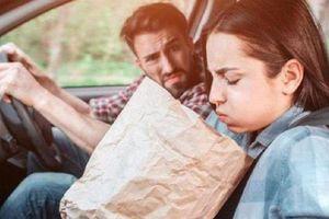 Bí quyết khử sạch mùi nôn trớ và xú uế trên xe ô tô
