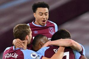 West Ham đẩy Liverpool xuống thứ 6 tại Premier League