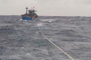 Kiên Giang: Cứu nạn thành công tàu cá trên vùng biển Tây Nam