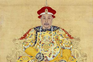 Bí mật 'động trời' về thân thế của hoàng đế Càn Long