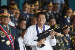 Manila bác tin Tổng thống Philippines Duterte đang muốn 'tống tiền' Mỹ