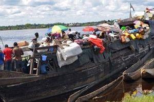Đắm thuyền trong đêm, ít nhất 60 người thiệt mạng