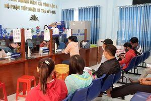 TP.HCM: Ngày đầu năm hồ sơ tăng 3 lần ở xã đông dân