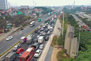 Sẽ lắp cân tự động phạt nguội xe quá tải qua cầu Thăng Long