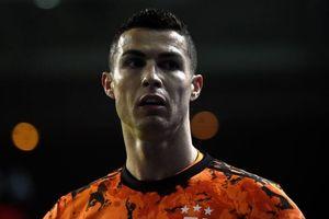 Ronaldo bị chấm 4,5 điểm trong trận thua của Juventus