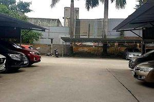 Hải Phòng: Sân trụ sở ủy ban phường thành bãi gửi xe ô tô có thu phí