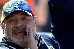 Bất ngờ: Maradona đã uống bia trộn thuốc ngủ trong những ngày cuối đời