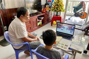 Tái dạy học trực tuyến: Trường sẵn sàng, học sinh gặp khó khăn